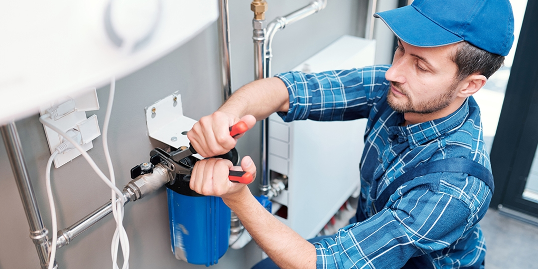 10 Reasons Why a Professional Plumber Is Better Than DIY | Katy, TX